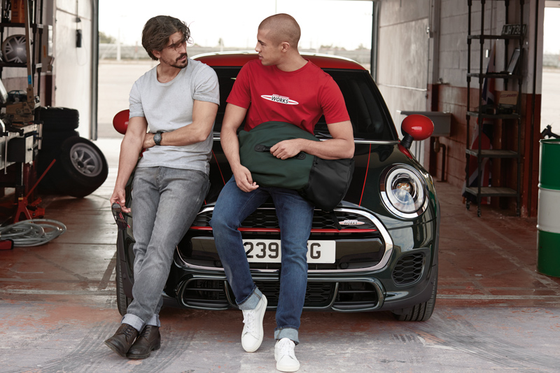 Collection Lifestyle MINI John Cooper Works.